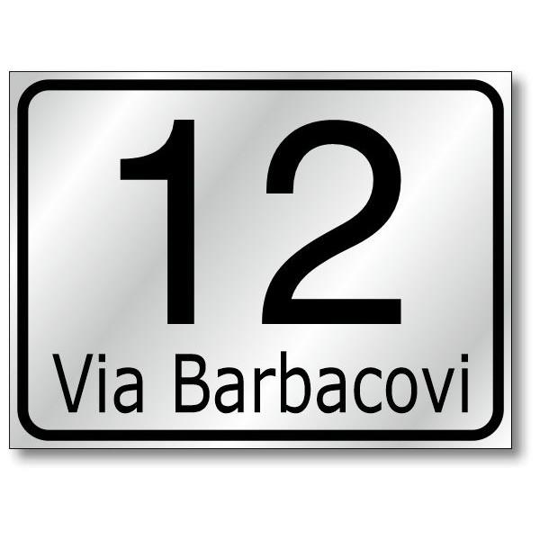 Numero civico 16x12 con nome strada, in alluminio composito, sp. 2 mm., fondo rifrangente classe 1 completo di personalizzazione