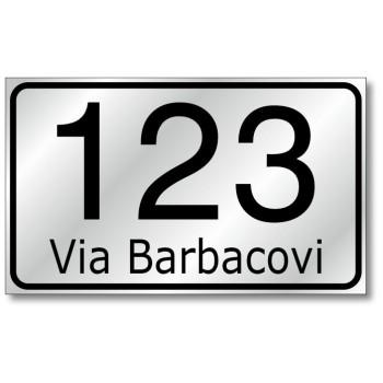 Numero civico maggiorato con nome strada 20x12, in alluminio composito, sp. 2 mm., fondo rifrangente classe 1 completo di numera