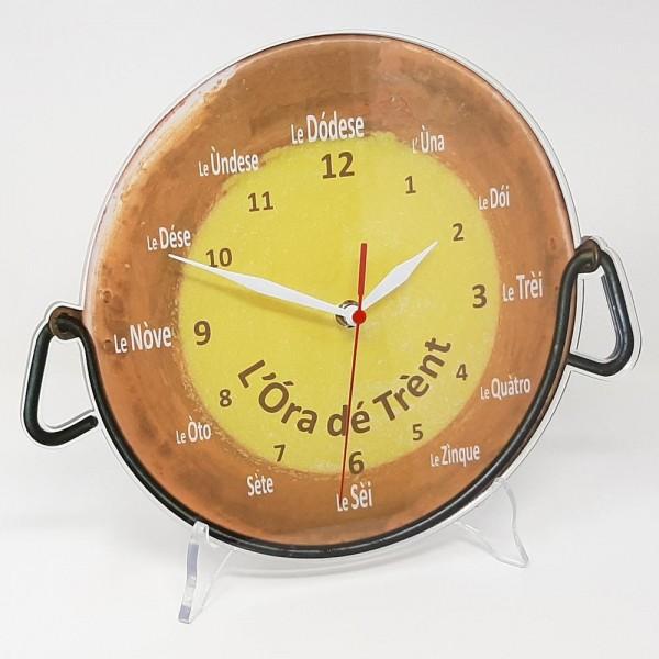 "Orologio da muro ""Ora de Trent"" Polenta nel Paiolo, in plexiglass diametro cm 32 circa, sp. 8 mm"